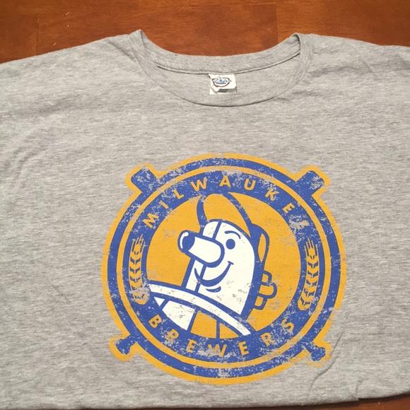on sale 536b4 530de Milwaukee Brewers Tee Shirt Vintage Logo
